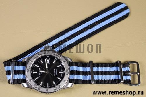 Ремешок NATO G10 черный с двойной голубой полосой на часах