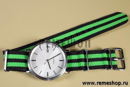 Ремешок NATO G10 черный с двойной зеленой полосой на часах
