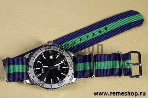 Ремешок NATO G10 синий с зеленой полосой на часах