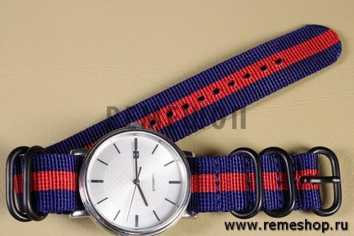 Ремешок ZULU 5 колец PVD синий с красной полосой на часах